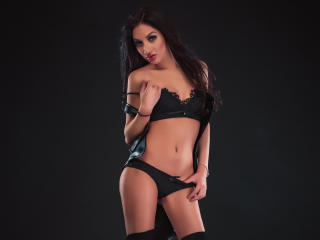 Voir le liveshow de  TigerLily de Xlovecam - 24 ans - Greetings, my name is Sandra. I'm curious to know new people from different corner of the world. ...
