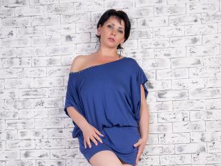 HazelLoveX sexy cam girl