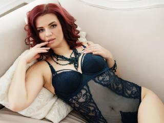 EnigmaFly nude on cam
