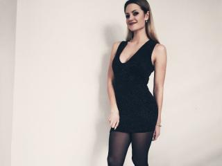Voir le liveshow de  SteadyEddyy de Xlovecam - 21 ans - I am a sensual lady, open to any conversation, willing to give you the best time you ever had. ...