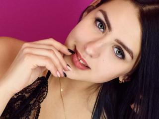 Voir le liveshow de  BlurE de Xlovecam - 19 ans - Sexy and hot for you