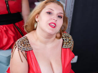 Voir le liveshow de  ReddAdele de Xlovecam - 30 ans - My show is all about quality time! My goal is to please both of us. Sexy, naughty and friendly!  ...