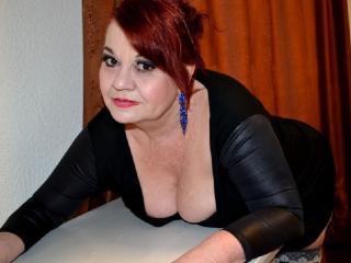 LucilleForYou nude on cam