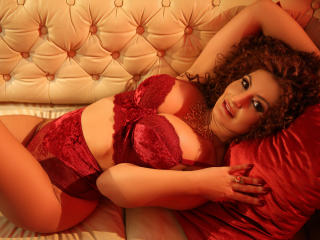 Voir le liveshow de  FlexibileFetish de Xlovecam - 38 ans - I am a new sub here ,i ve been atracted to this world for a long time and now i have the c ...